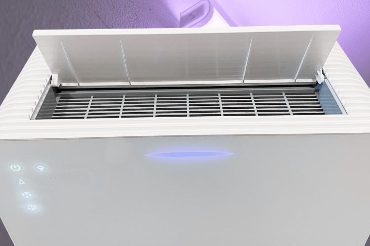 De AIR8 720i Edge luchtreiniger met fotokatalyse